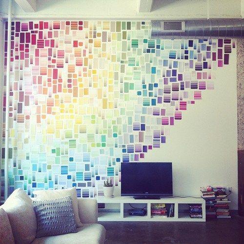 färgprover på väggen