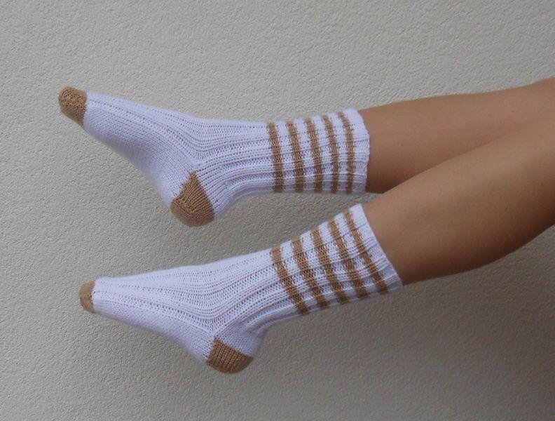 000f8968bdd Pletené+ponožky+-+5+Pletené+hřejivé+ponožky+pro+volný+čas