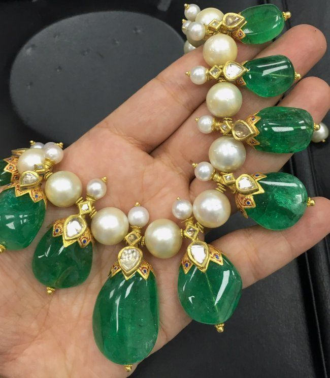 Antique Gold N Jadtar Set: Gorgeous Indian Colombian Emerald Necklace With Pearls On