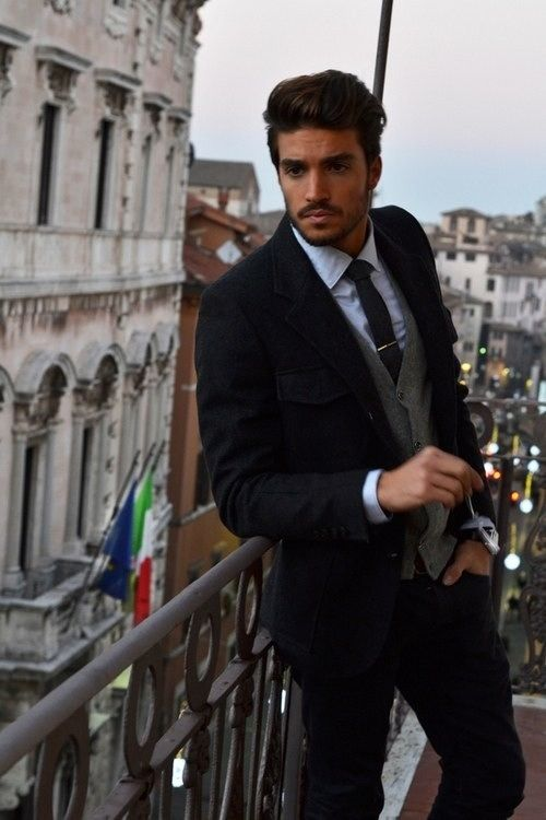 0fd0e11efc ...and this is why Italian guys should be illegal .
