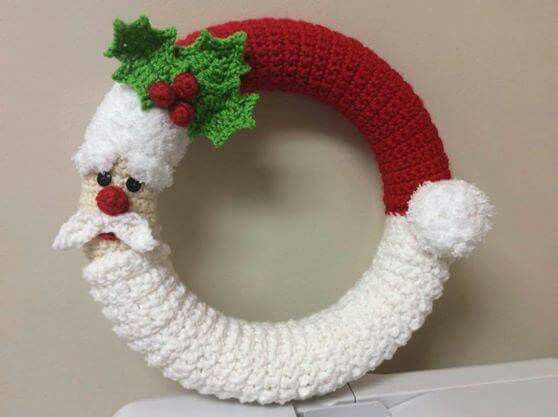 couronne de no l free crochet patterns crochet ideas pinterest couronnes de no l. Black Bedroom Furniture Sets. Home Design Ideas