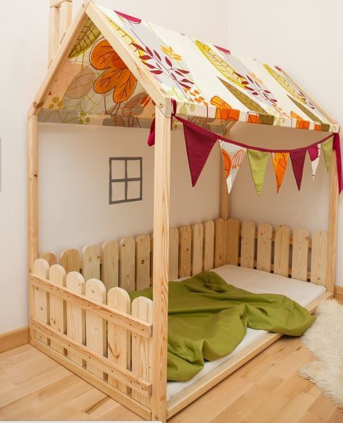 Lugares seguros para acostar a dormir a tu beb lugar for Cuartos montessori para ninas