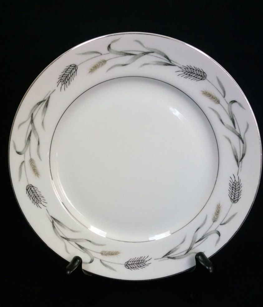 Fine China Harvest Pattern 7 1 2 Inch Plates Tan Gray And Platinum Silver Wheat Design Set Of 12 Vintage Japan Wheat Design Vintage Dinnerware Plates