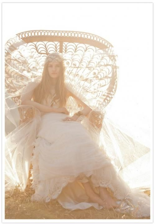 The Bohemian Bride / LANE Gift Guide Special: http://www.thelane.com/the-guide/style-elements/wedding-gifts/the-bohemian-bride#