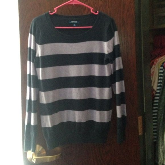 Old Navy Purple Striped Sweater Light lilac and dark purple wide striped sweater. A few imperfections with 2 small holes on the front, but not too noticeable if you wear oversized. Ask if you have any questions! Old Navy Sweaters Crew & Scoop Necks