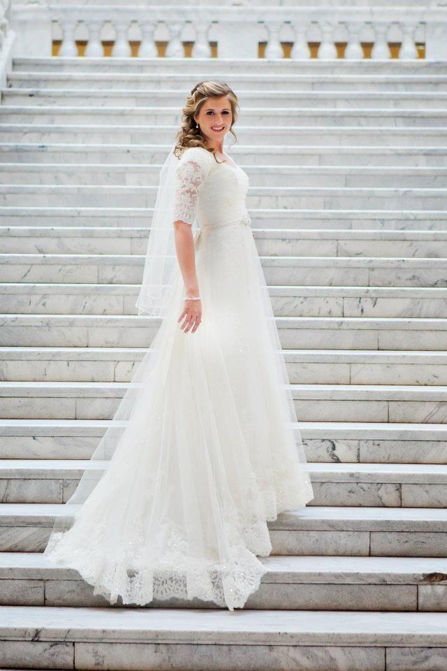 Großhandel Hübscher Spitze Tulle A Line Hochzeitskleider Mit ...