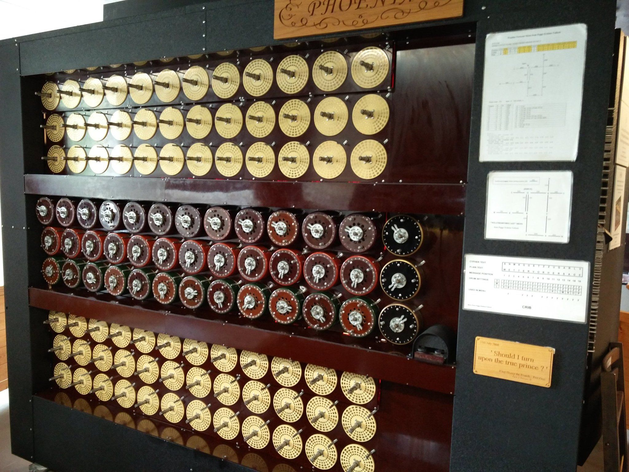 Maquina De Turing Bletchley Park A Whole New World Wine Rack