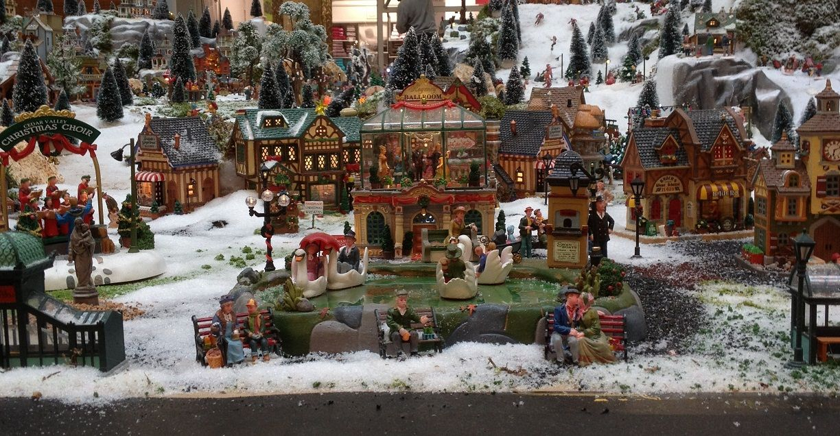 Fairy cooker village de noel no l village de no l pinterest noel christmas villages - Village de noel miniature ...