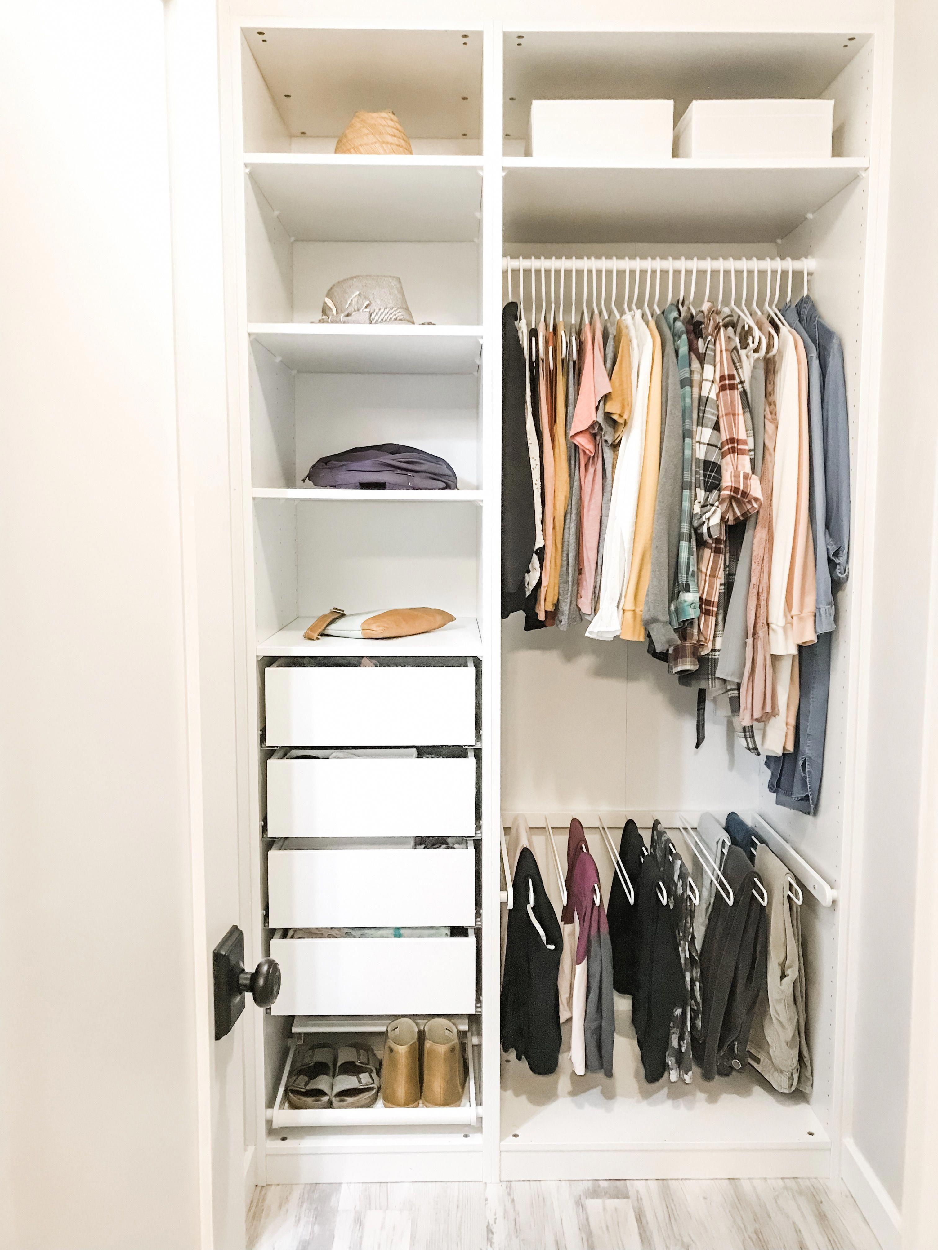 Women S Minimalist Wardrobe And Closet Minimalistbedroom Wardrobe Room Closet Layout Small Closet Space