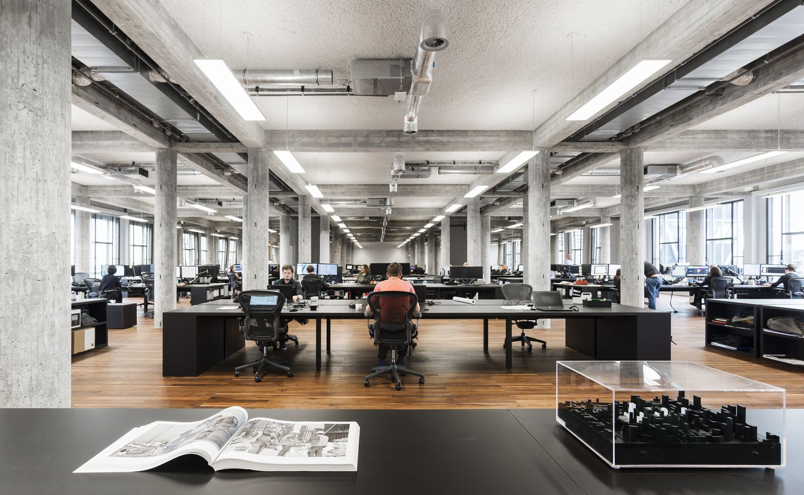 bank and office interiors. Galería De Bank / KAAN Architecten - 7 And Office Interiors