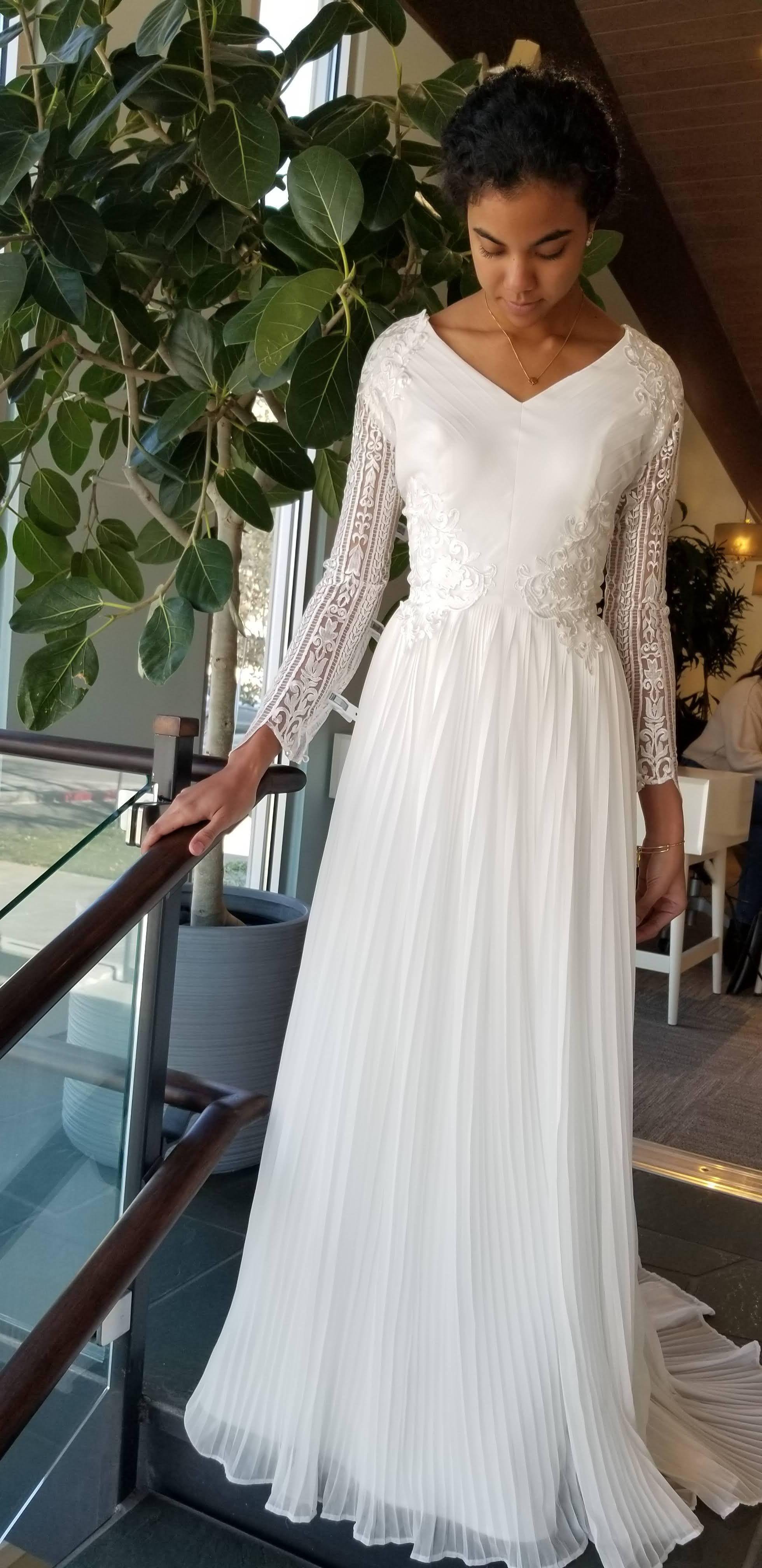 Pleated Flowy Skirt In 2020 Modest Wedding Dresses Customizable Wedding Dress Wedding Dress With Pockets