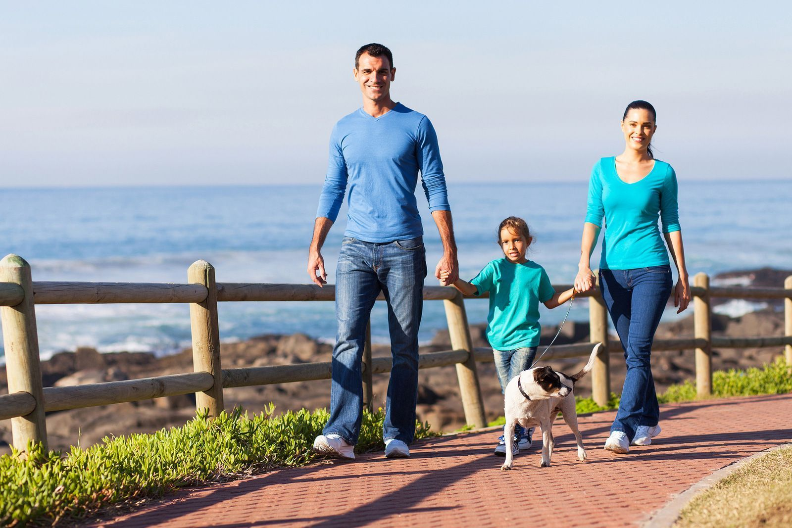 How to Walk With Kids for More Fun and Less Whining