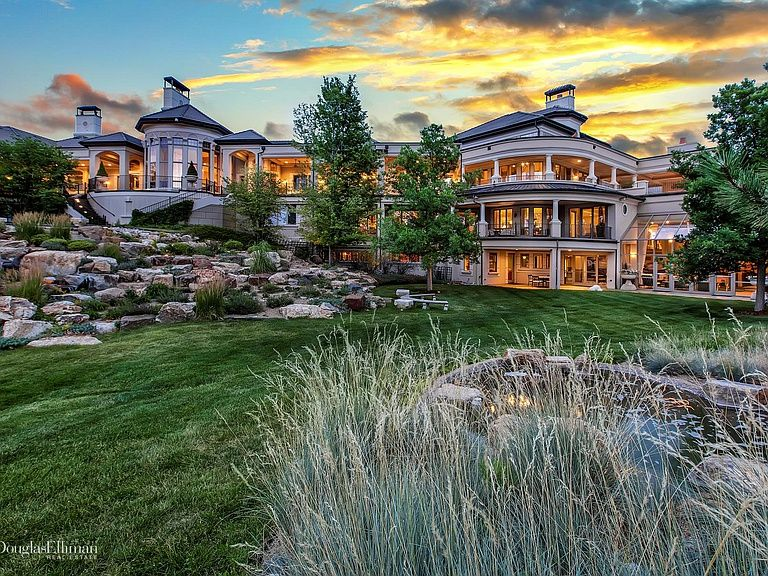homes with land for sale around westcliffe colorado