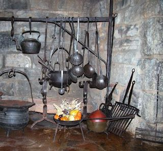 Colonial fireplace with cooking tools | Colonial & Hearth Cooking ...