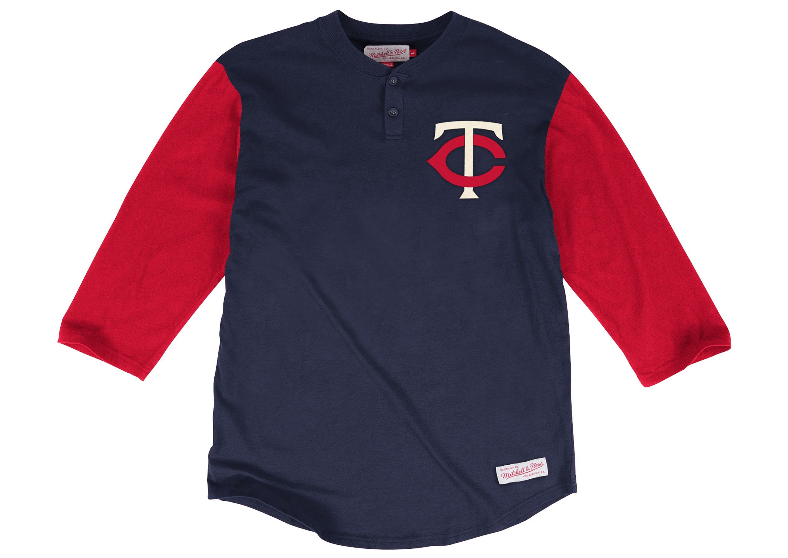 In The Clutch Henley Minnesota Twins | Mitchell & Ness