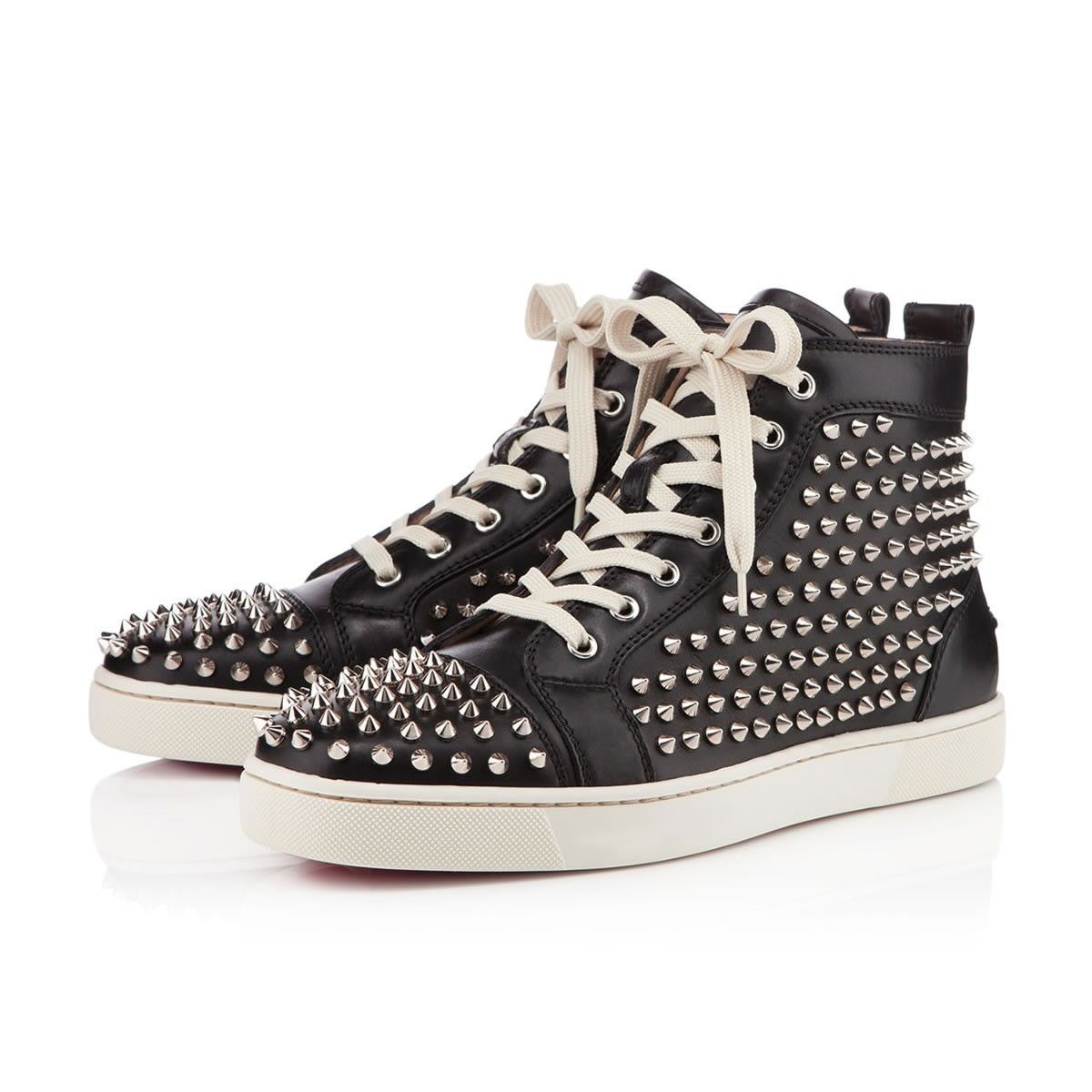 Calf / Spikes in Black Leather