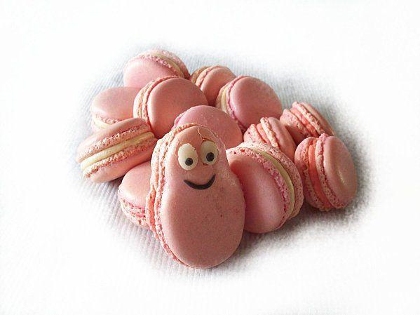 Les macarons Barbapapa de Julie, au sucre pour barbe à papa.
