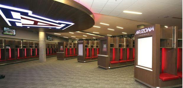 Video Arizona Opens The Doors Of Their New Five Story Football Facility Sports Locker Facility Lockers