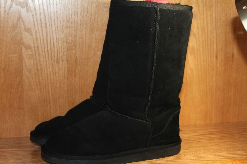 f11564118fe UGG OZWEAR Womans BLACK SUEDE SHEARLING LINED Boots Size 10.5 Med ...