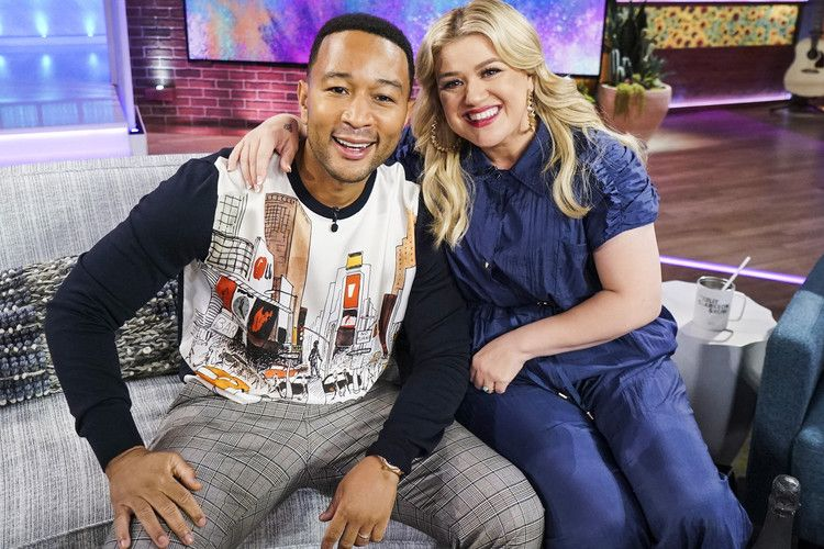 John Legend Drops Updated Version of 'Baby It's Cold Outside' with Kelly Clarkson — People (With ...