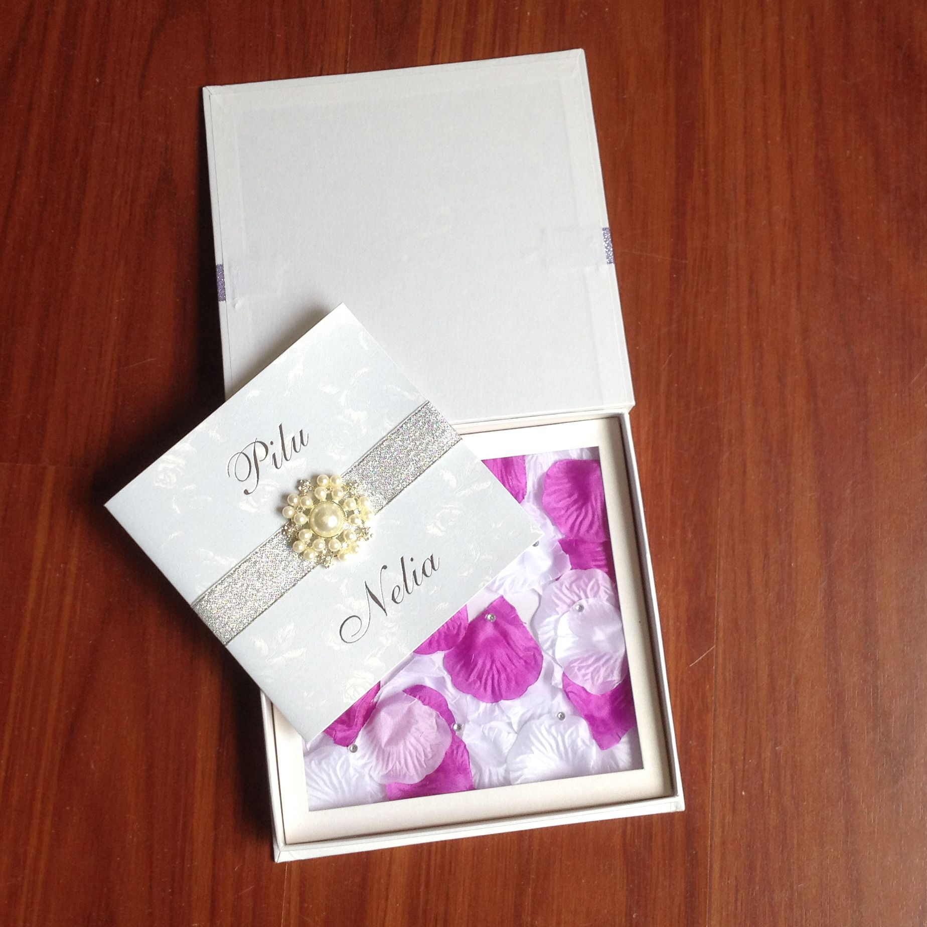 Luxury Boxed Wedding Invitations With Rose Petal | Luxury wedding ...