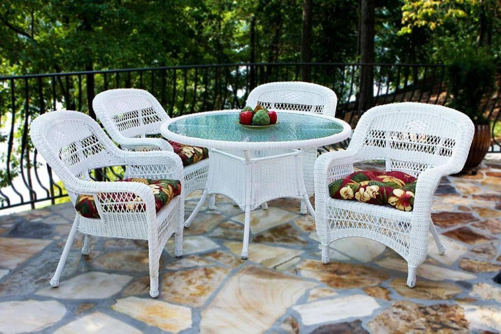 http www backyardcity com images tto portside dining white set