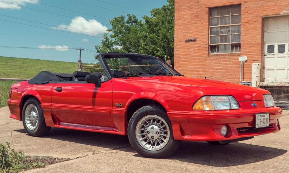 20kMile 1990 Ford Mustang GT Convertible Ford mustang