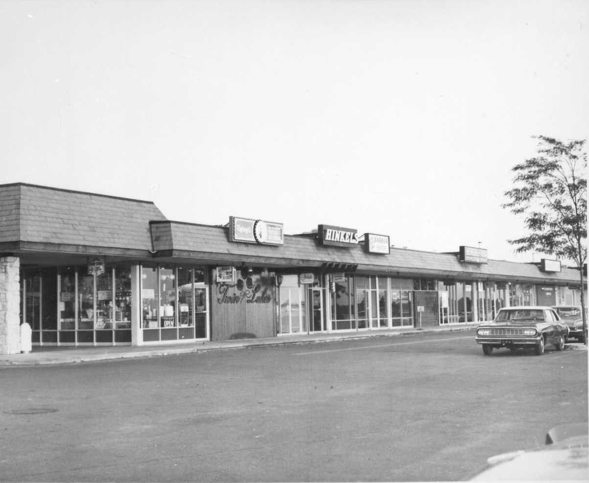 Twin Lakes Shopping Center 21st And Amidon Wichita Kansas Twin
