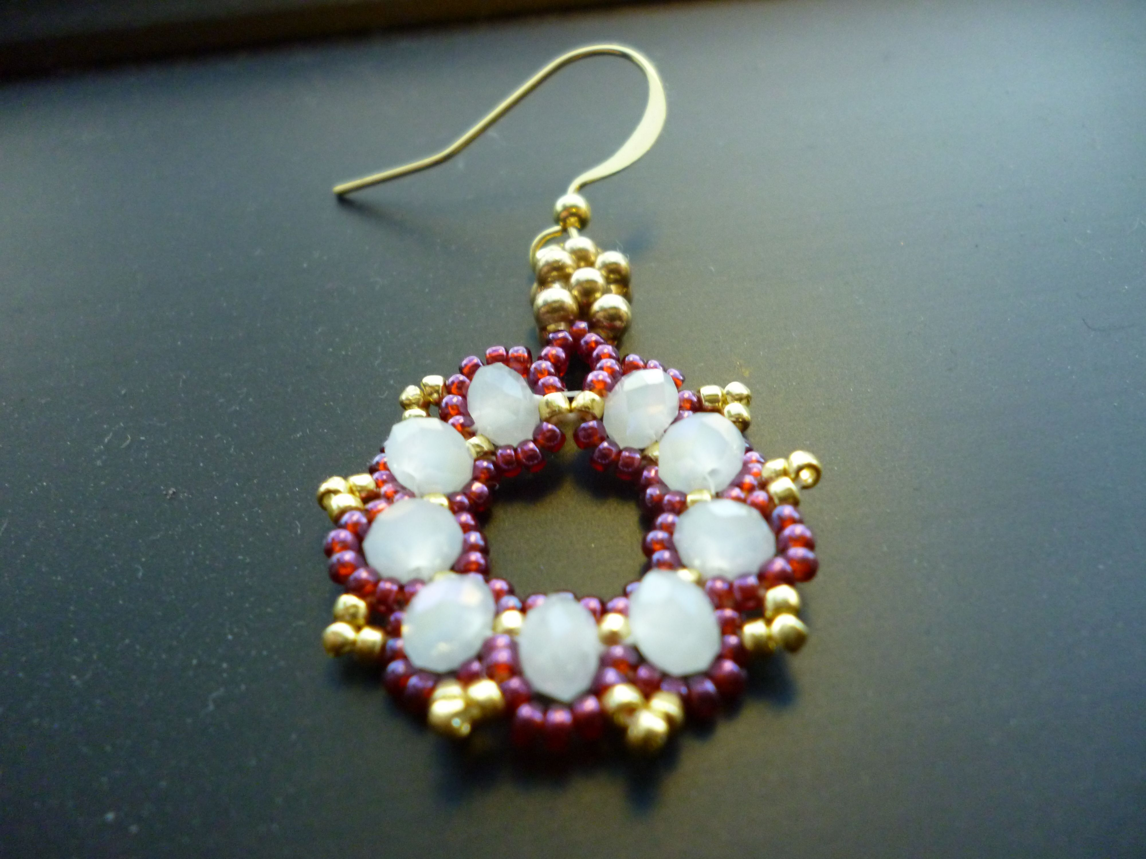 Free+Bead+Patterns   holidays! Free easy beaded earring pattern ...