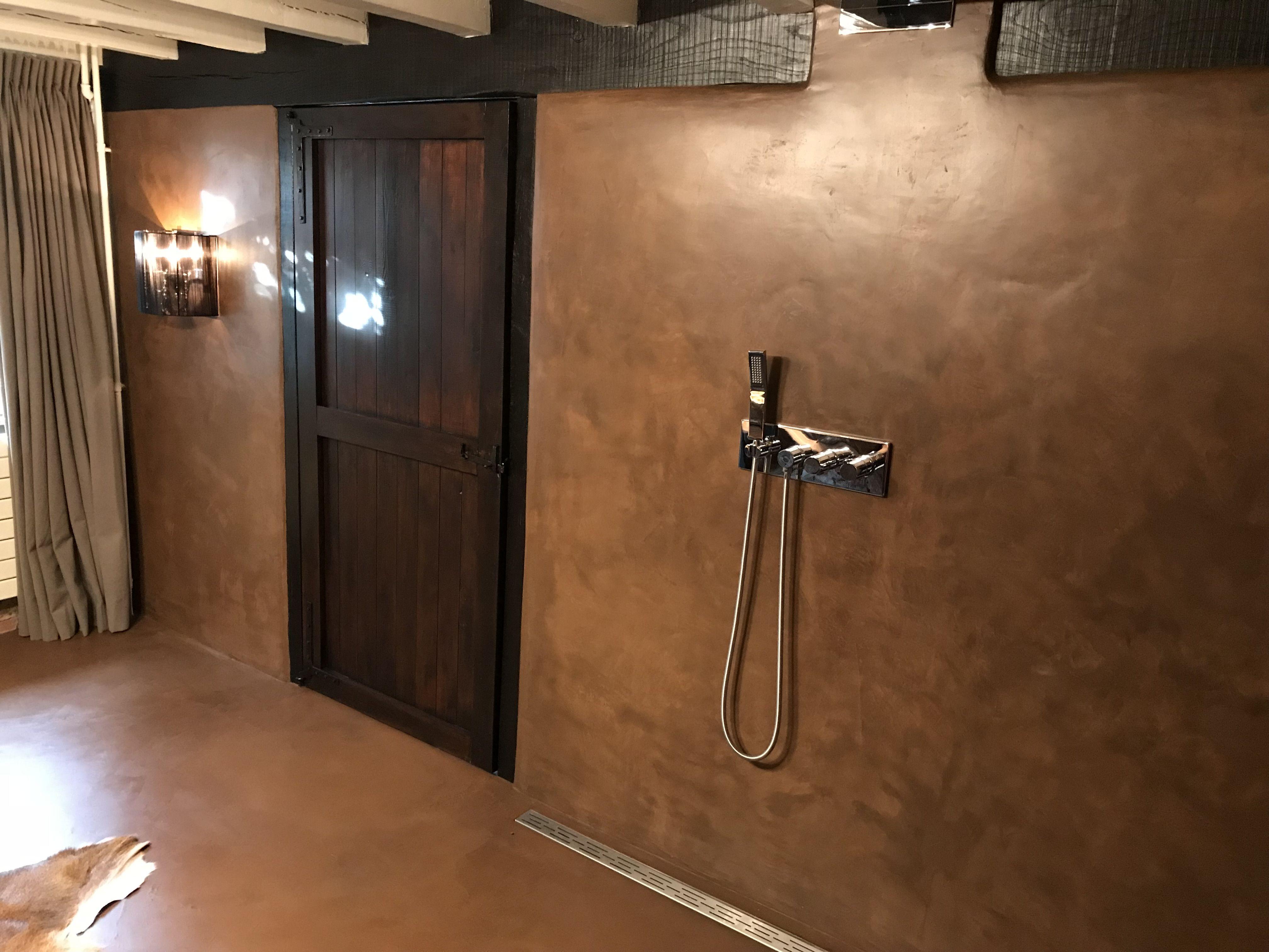 Badkamer Stucwerk Waterdicht : Stuc deco geplaatst na renovatie badkamer door tint wwwtint