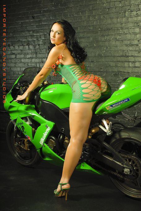 Random Style With Images Biker Girl Motorcycle Girl Hot Bikes