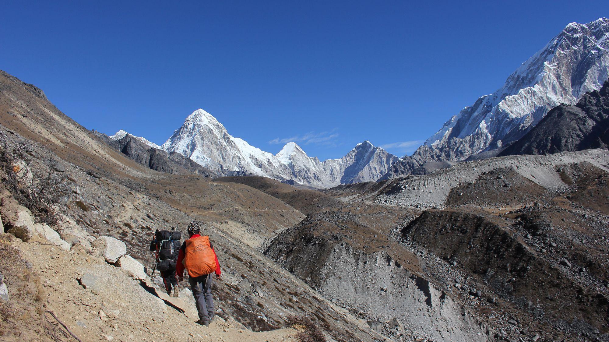 Trekking from Dzongla to Lobuche in Nepal