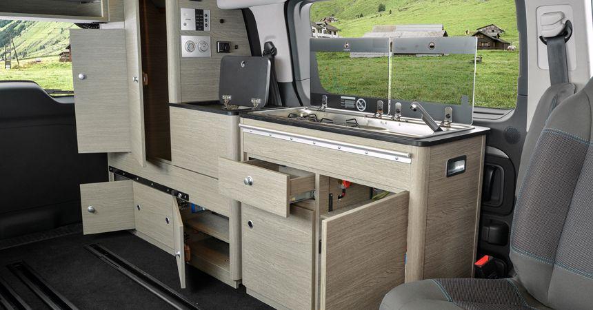 citroen spacetourer rip curl all wheel drive camper with a shower and a kitchen camper. Black Bedroom Furniture Sets. Home Design Ideas
