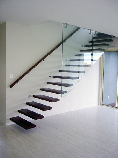 Best 15 Magnificent Floating Staircases Escalier 400 x 300