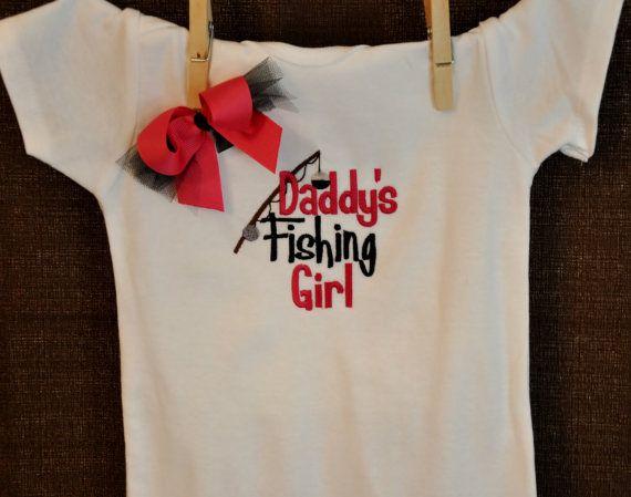 Daddy 39 s fishing girl onesie bodysuit baby girl gift on for Fishing shirt onesie
