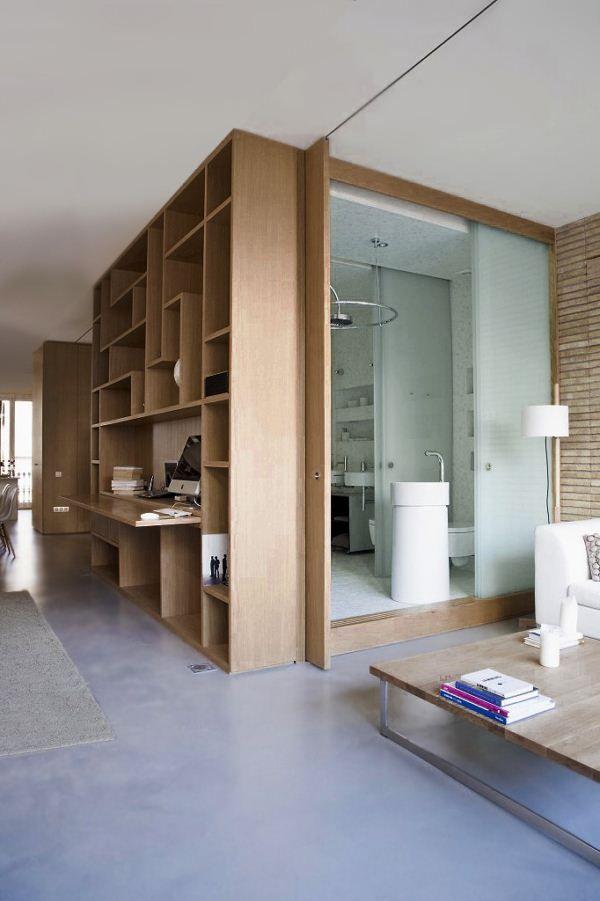 Rehabilitaci n de un apartamento en barcelona de ylab for Casa minimalista barcelona capital