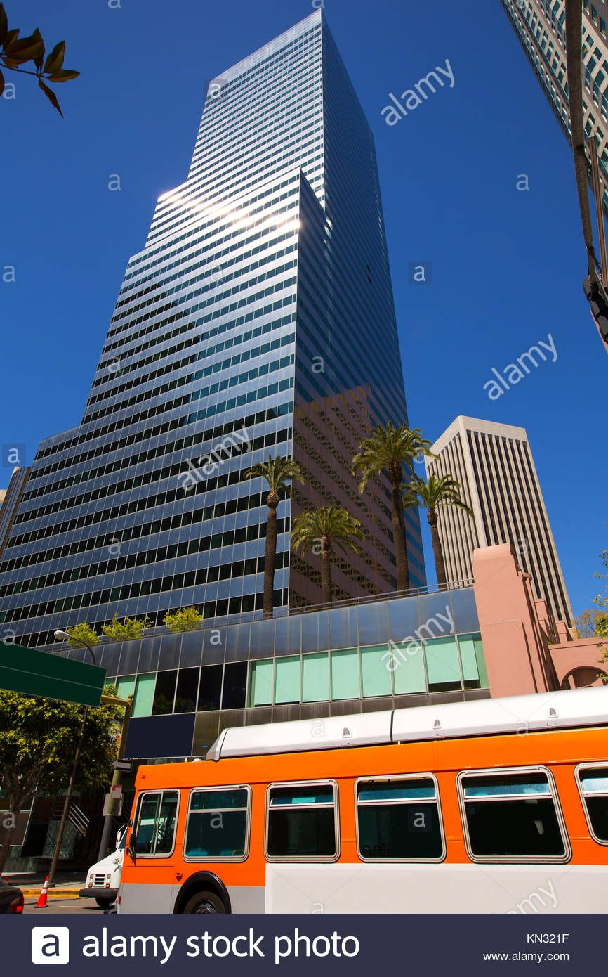 Download This Stock Image Downtown La Los Angeles Skyline California With Traffic On Streets Kn321f From Ala Los Angeles Skyline La Los Angeles Los Angeles