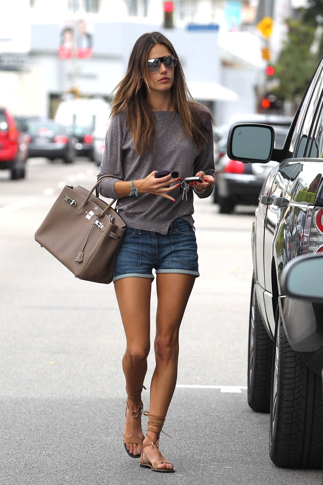 a9ee8070c Alessandra Ambrosio Summer style