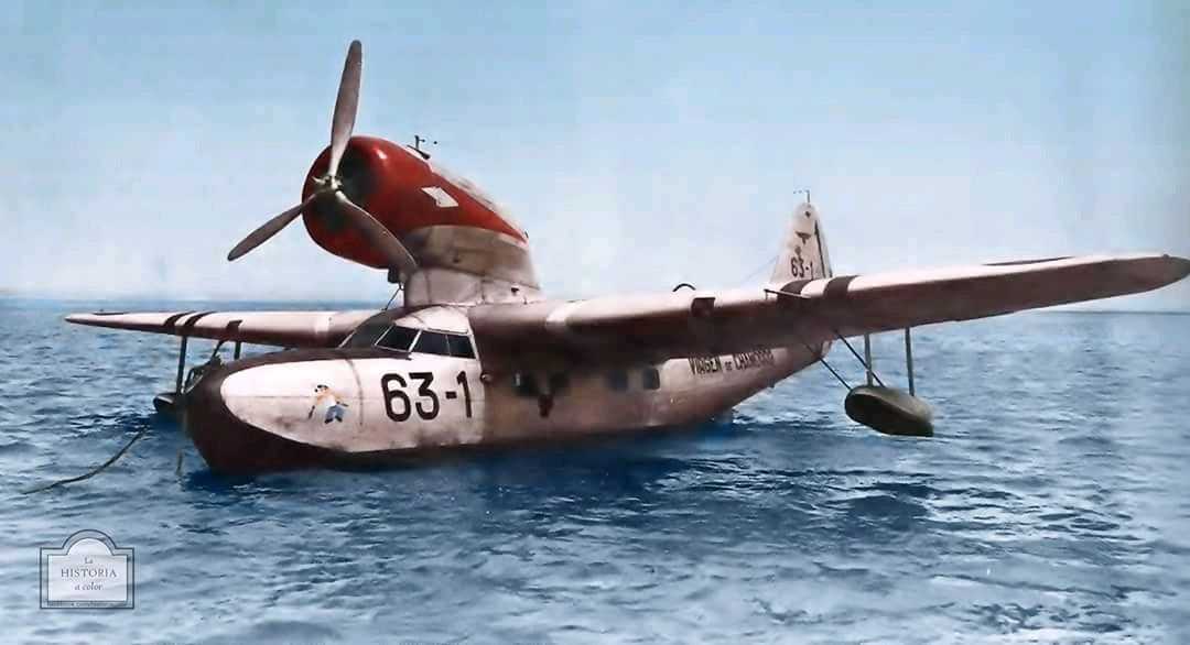 Anyone Know The Make Model Of This Float Plane Flying Boat Aircraft Maintenance Amphibious Aircraft