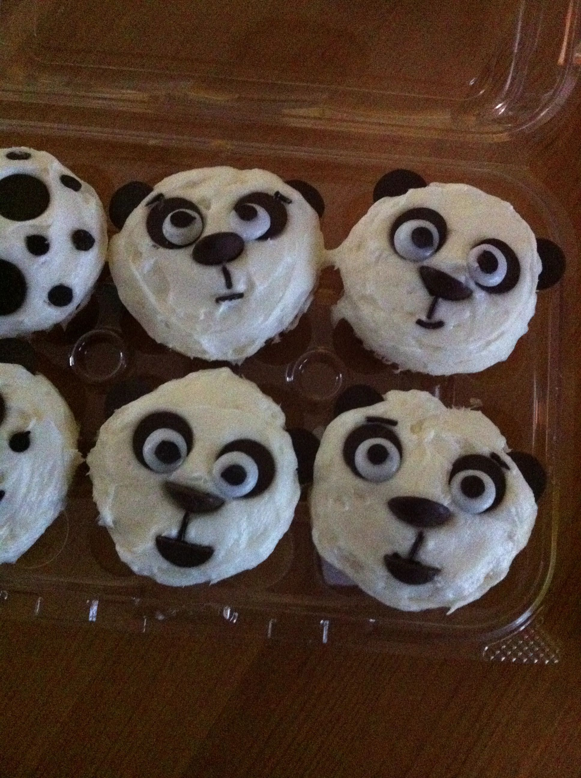 Made 1 5 Dozen Of These Cute Panda Cupcakes For My Daughter S