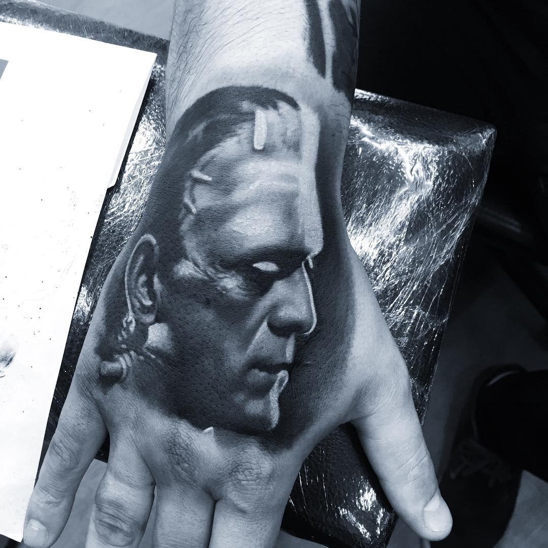 Tattoo feita pelo artista camilotuero.tattoo que atende