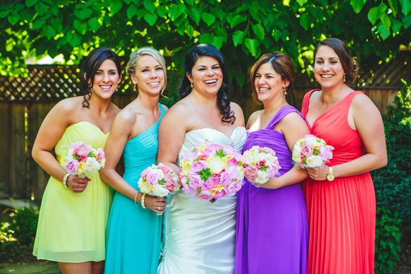 Como Decidir A Cor De Vestido Das Madrinhas Casamento Rainbow Bridesmaids Wedding And Weddings