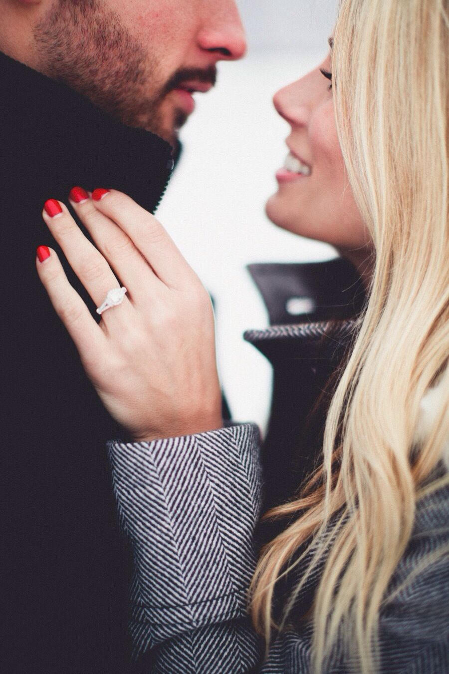 Like how it shows off the ring but doesnt cut out their faces