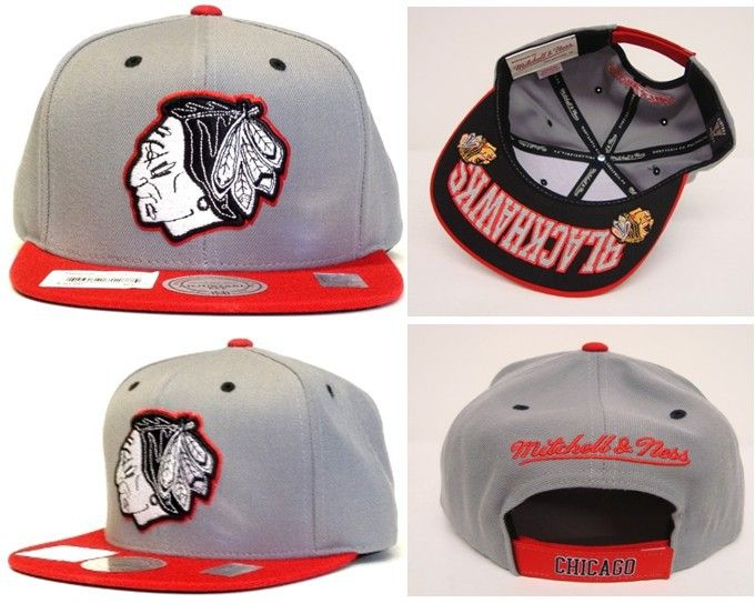 Chicago Blackhawks Velcro Mitchell And Ness Snapback Hats
