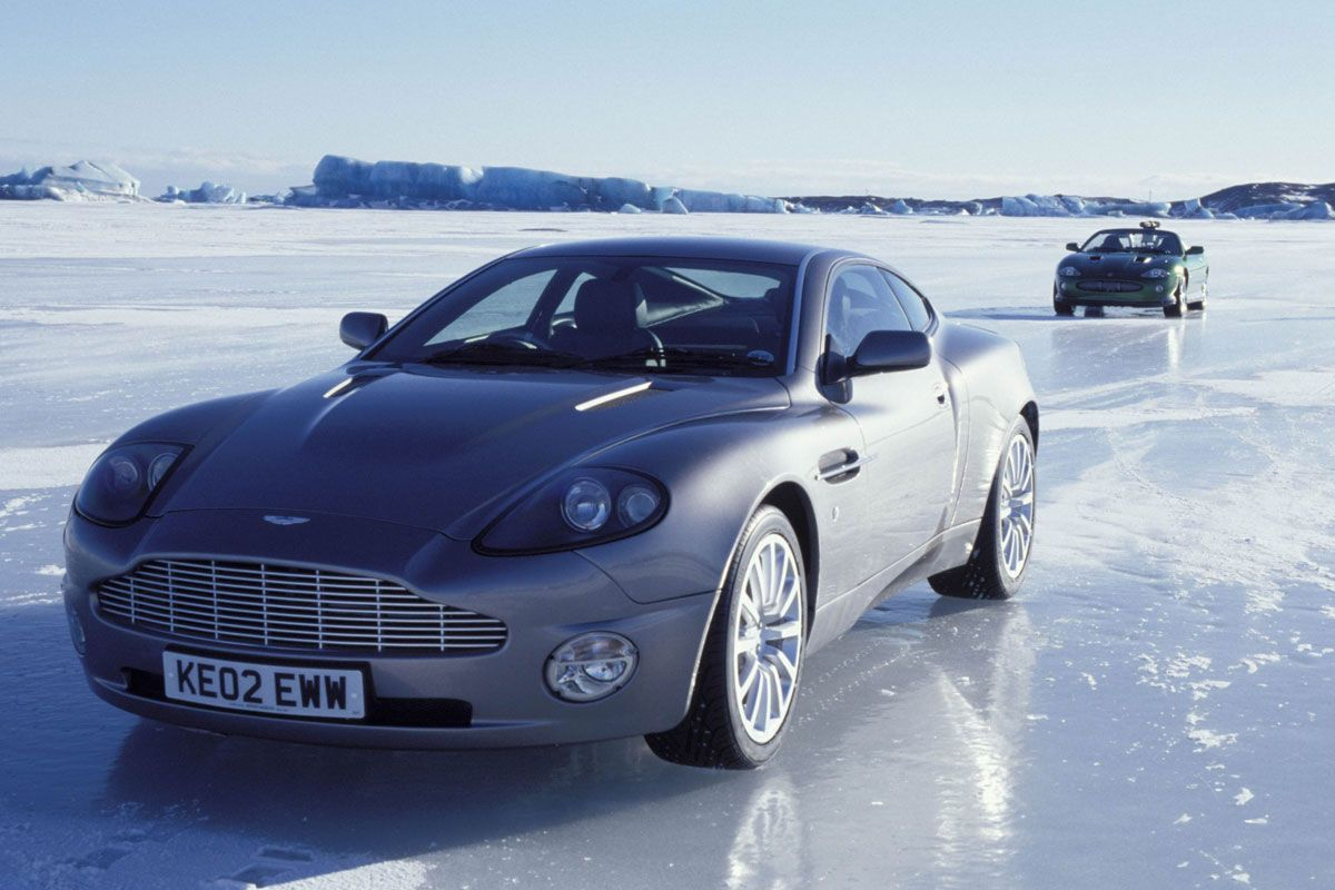 Aston Martin Vanquish uit Die Another Day