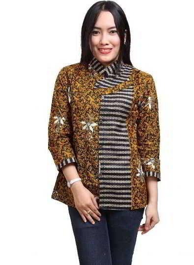 Desain Kemeja Batik Wanita Kombinasi Modern | Wanita ...