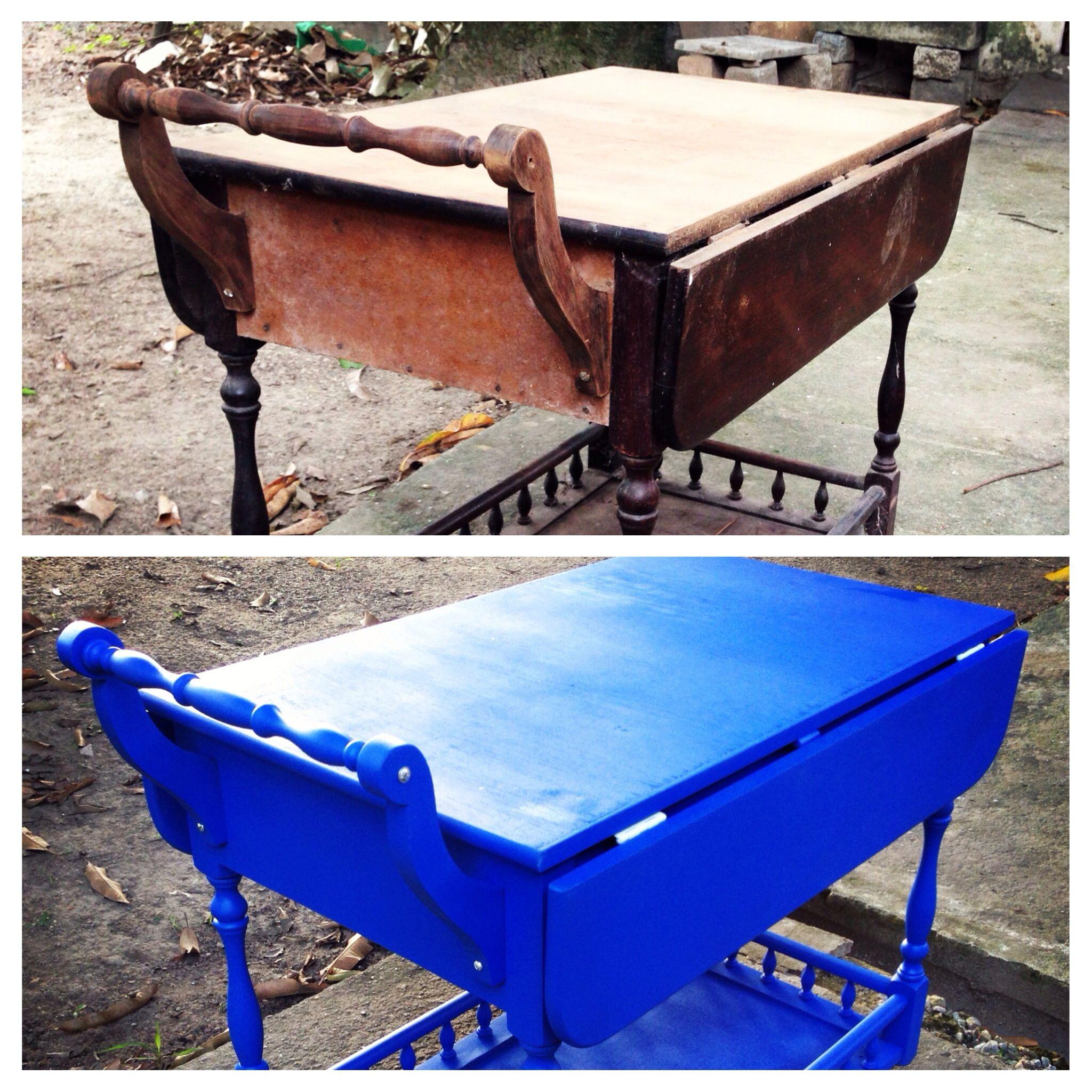 Antes é depois. Mesa bar revitalizado com azul miró.