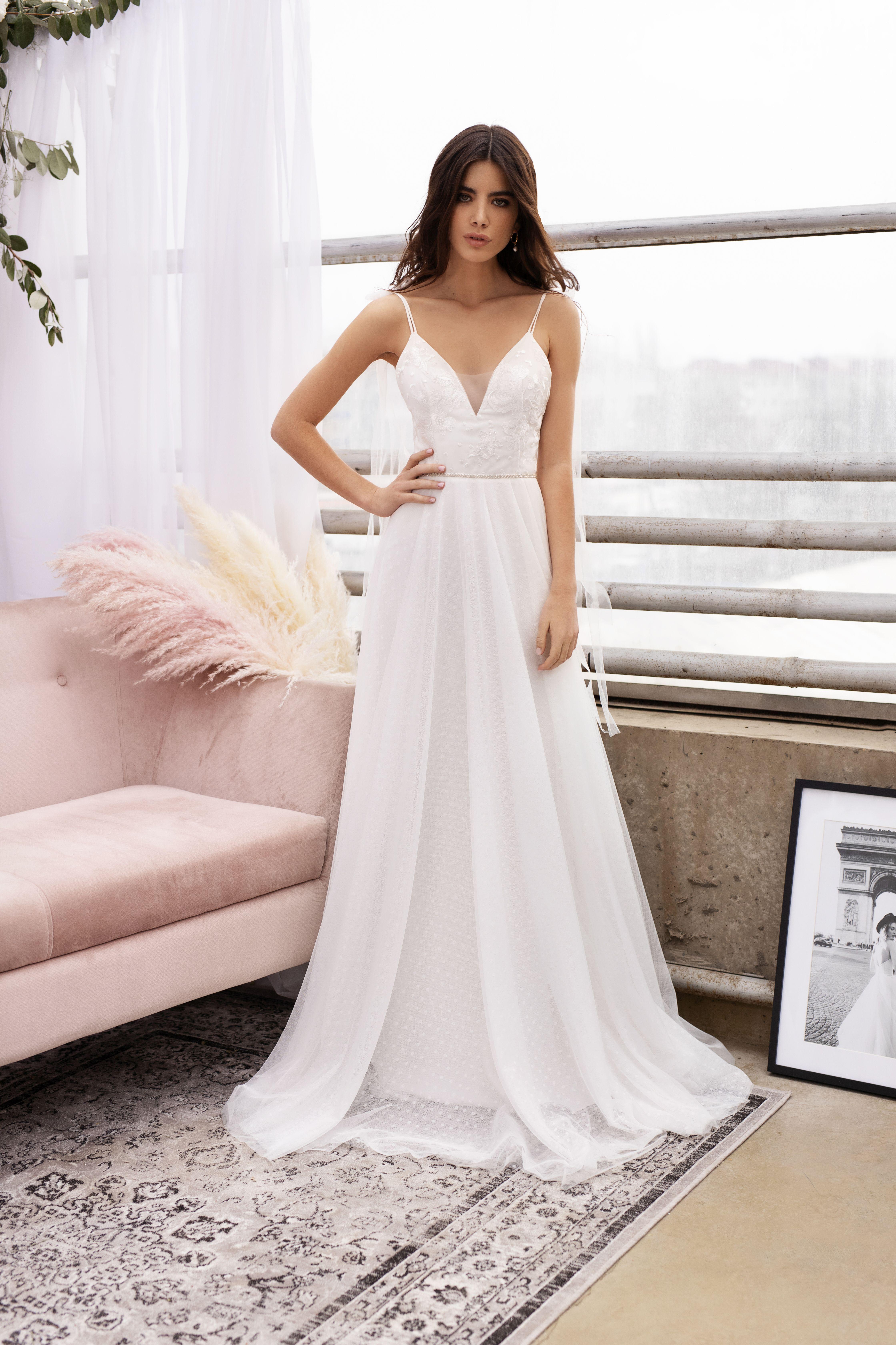 Satin Wedding Dress By Dream Dress Beach Wedding White Evening Prom Or Ball Dress Simple Bridal G Trendy Wedding Dresses Wedding Dresses Simple Bridal Gowns [ 6720 x 4480 Pixel ]