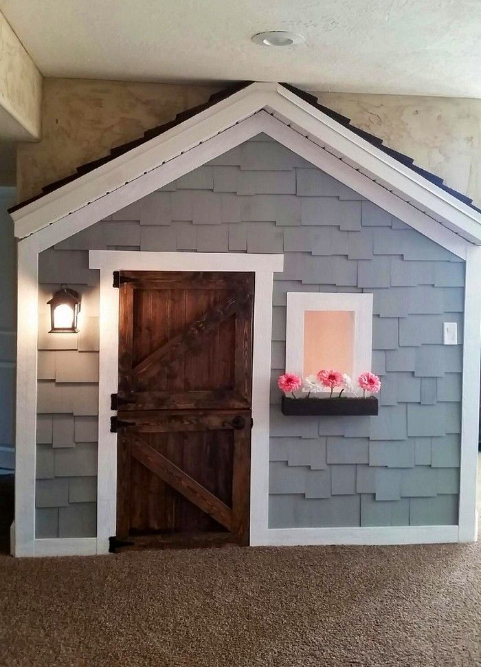Under the stairs indoor playhouse craft projects for for Playhouse ideas inside