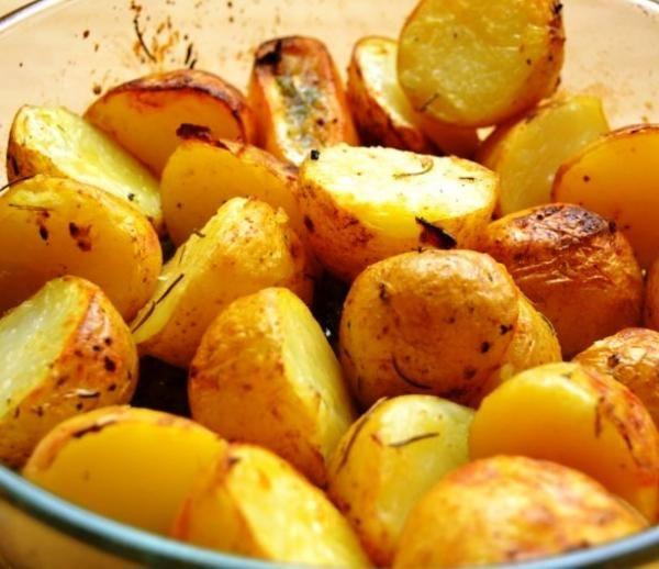 Cómo hacer patatas asadas en el microondas